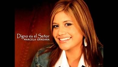 Mas alla de todo - Marcela Gandara