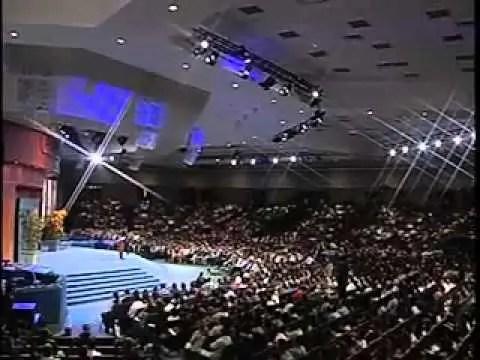 4 amenazas para tu felicidad – Pastor Cash Luna