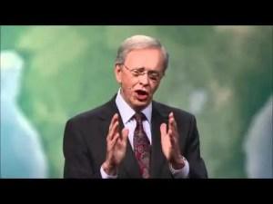 Lee más sobre el artículo Como resolver problemas con oracion – Charles Stanley