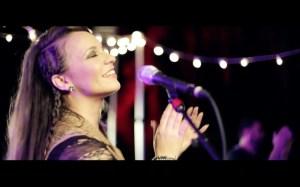 Christine D Clario – Rey – Video oficial