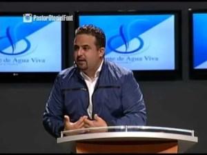 Lee más sobre el artículo En las Manos de Dios – Pastor Otoniel Font