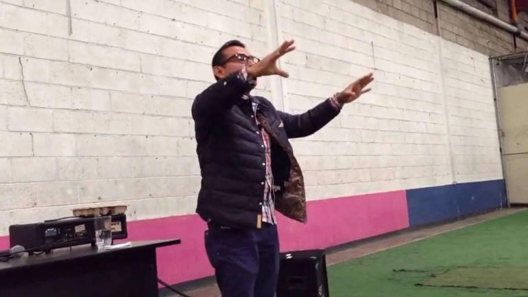 Agradecidos con lo que tenemos – Pastor Roberto Solares