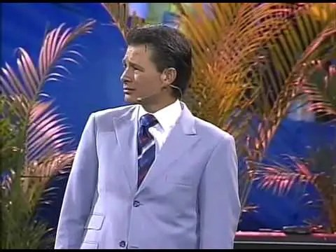 Video: Dios Te Recompensara – Cash Luna – Noches De Gloria