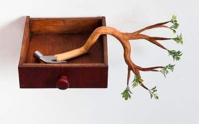 Sculture di alberi divertenti di Camille Kachani