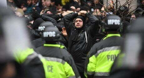 Tifosi Lazio e Polizia