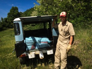 660 lbs of fertilizer in the hooptie - made it to the top of the olive grove