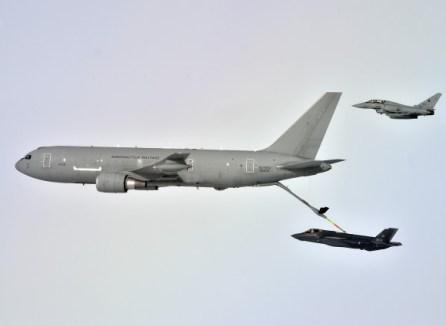 Rifornimento in volo per l'F-35