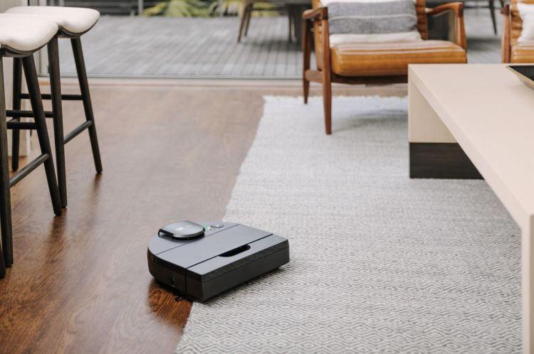 Neato presenta D10, D9 e D8, la nuova generazione di aspirapolvere robot premium