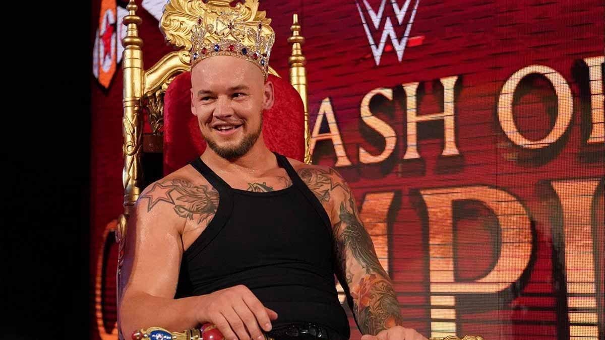 Buffo incidente per King Corbin durante Raw - Tuttowrestling