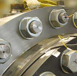 Luftfahrzeuge: Prüfung von Komponenten und Baugruppen in Luftfahrzeugen - TÜV AUSTRIA TVFA bietet die Konzeption, Durchführung und Auswertung von komplexen mechanischen und elektronischen Versuchen an Komponenten und Baugruppen. TÜV AUSTRIA TVFA verbindet Forschung und Industrie. Wir unterstützen unsere Kunden bei der Entwicklung, und Verbesserung von Sicherheit und Verfügbarkeit ihrer Produkte.