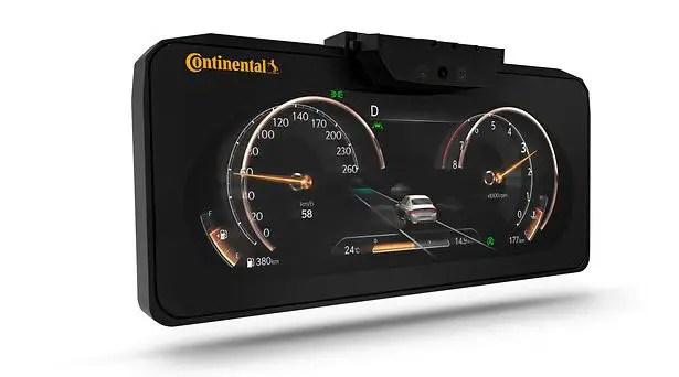 توفر تقنية Continental Autostereoscopic 3D Display ثلاثية الأبعاد في لوحة عدادات السيارة