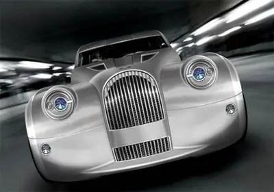 سيارة خضراء مورغان لايف