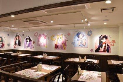 Inside the Sailor Moon Cafe (1)