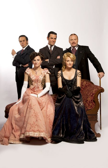 Cast of Murdoch Mysteries HiRes