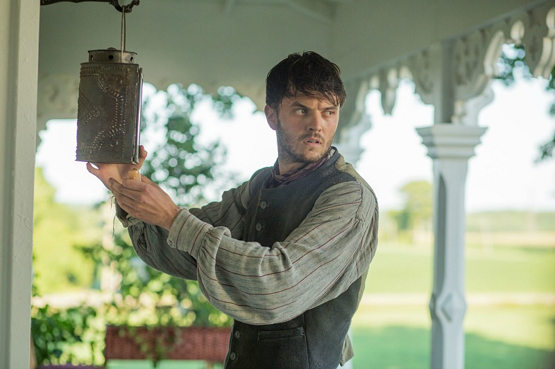 Kerr Logan as James McDermott