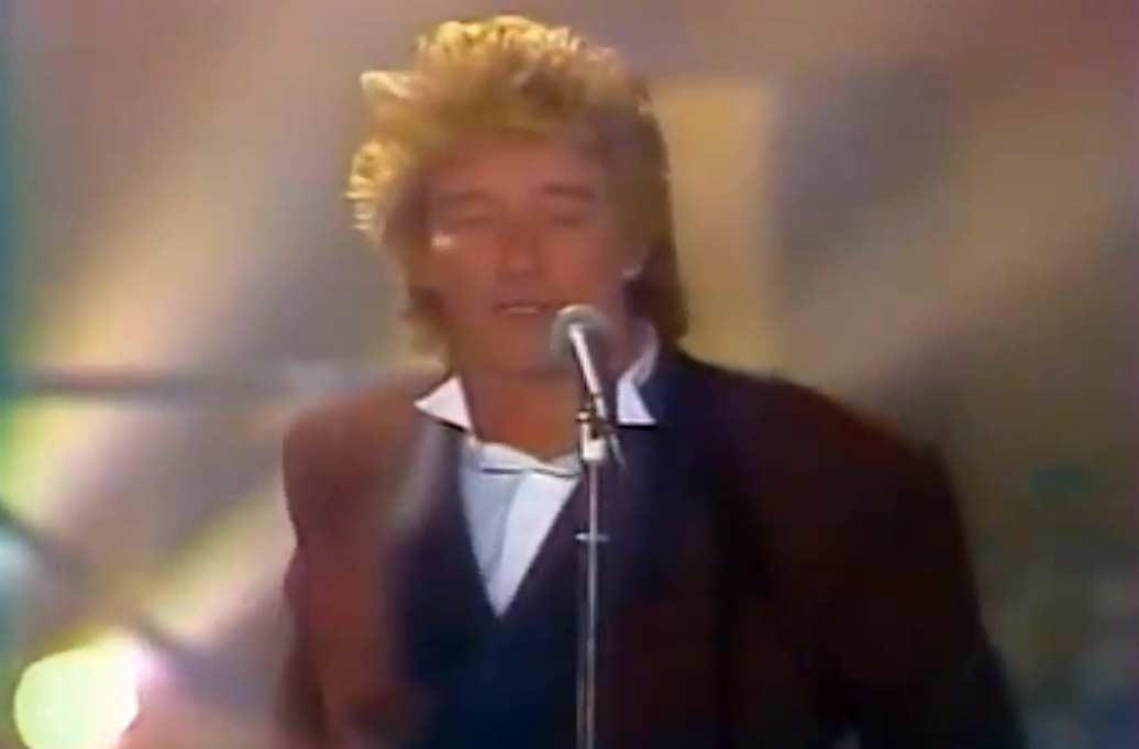 Rod Stewart - This Old Heart Of Mine - Official Music Video