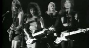 The Bangles - If She Knew What She Wants - Official Music Video.