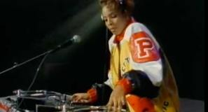 Salt-n-Pepa - Push It - Official Music Video