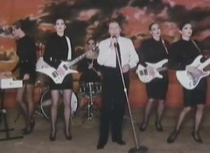 Robert Palmer - Addicted To Love - Official Music Video