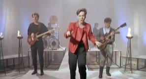 Simple Minds - Up On The Catwalk - Official Music Video