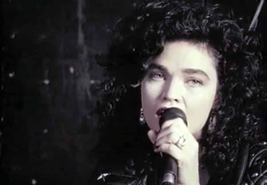 Alannah Myles Black Velvet Official Music Video