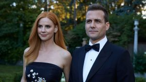 Suits Finale One Last Con SarahRafferty_GabrielMacht_