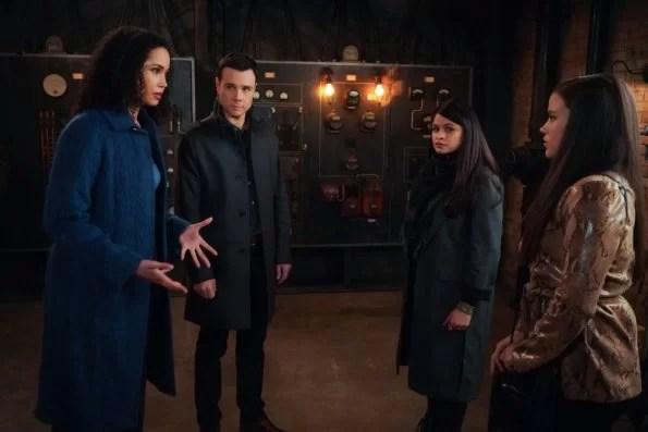 Charmed - Season 2 Episode 14 - Sudden Death