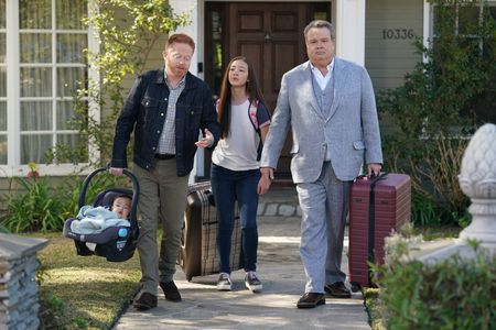 Modern Family Series Finale Recap - Part 2, Last Goodbye