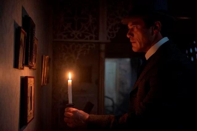 Angel-of-Darkness-Season-2-Episode-6-Luke-Evans-.jpg