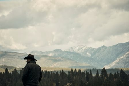 Kevin Costner as John Dutton. Episode 5 of Yellowstone - Cowboys and Dreamers