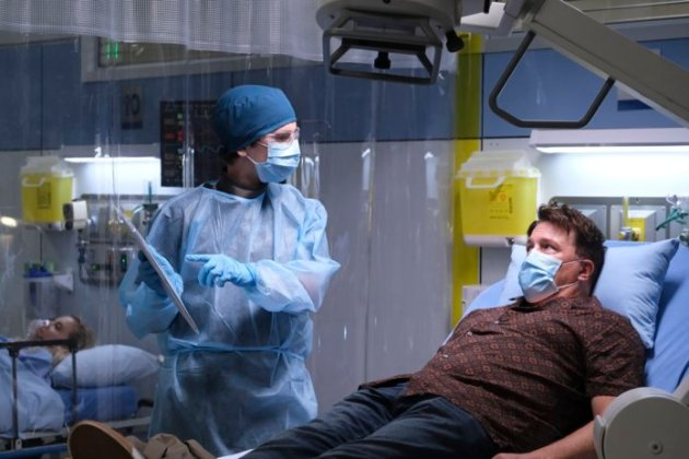 The Good Doctor' Season 4 Episode 1 FREDDIE HIGHMORE, LOCHLYN MUNRO