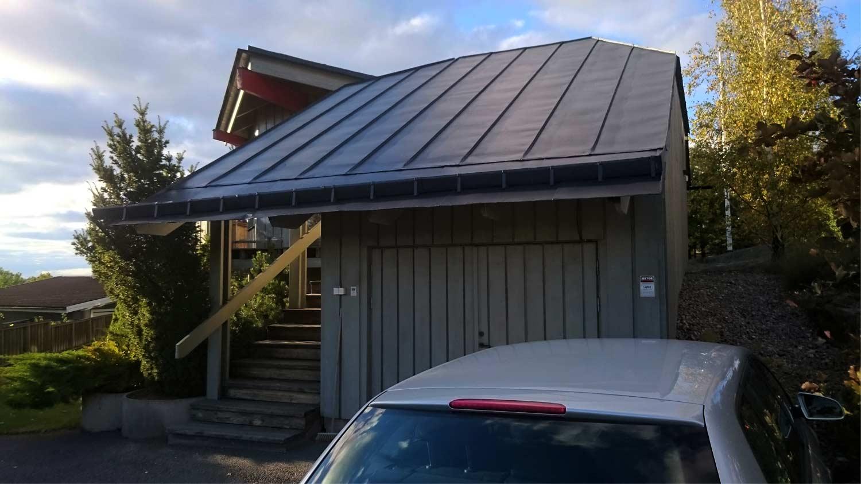 Plåttak garage