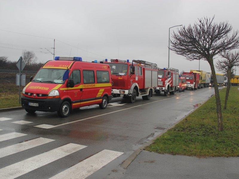 Njemački vatrogasci u konvoju od čak 23 vozila dovezli humanitarnu pomoć, dok je konvoj iz Austrije bio dugačak čak 2 kilometra