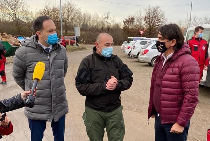 Izbornik Zlatko Dalić sa svojim Livnjacima predao pomoć Petrinji