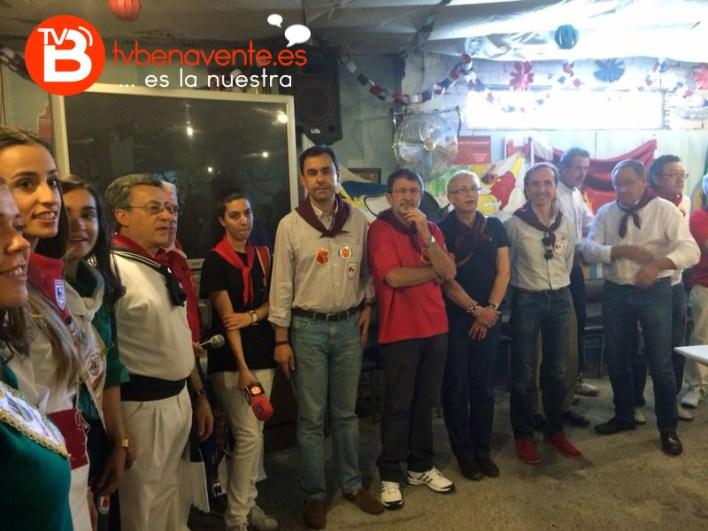 ENTREGA DE CHEQUES TORO 2014_1