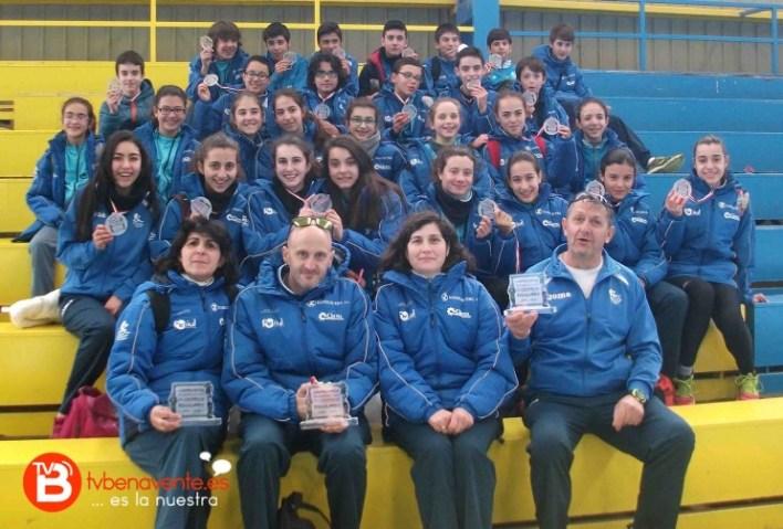 ATLETAS DEL BENAVENTA CLUB ATLETISMO EN  CARRION DE LOS CONDES
