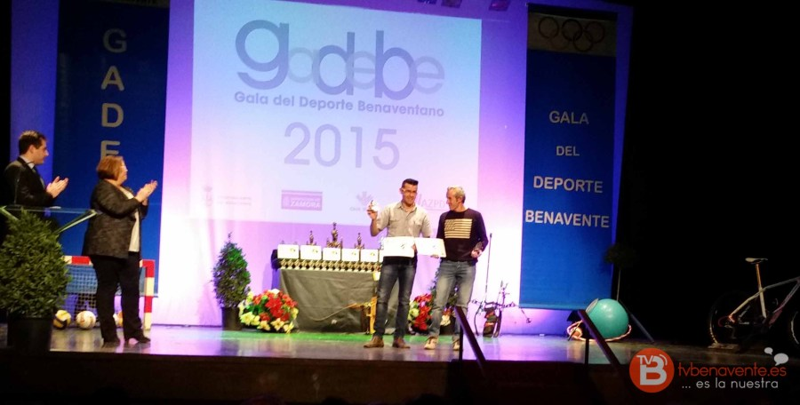 ROBERTO Y JESUS - GADEBE 2015 - Benavente