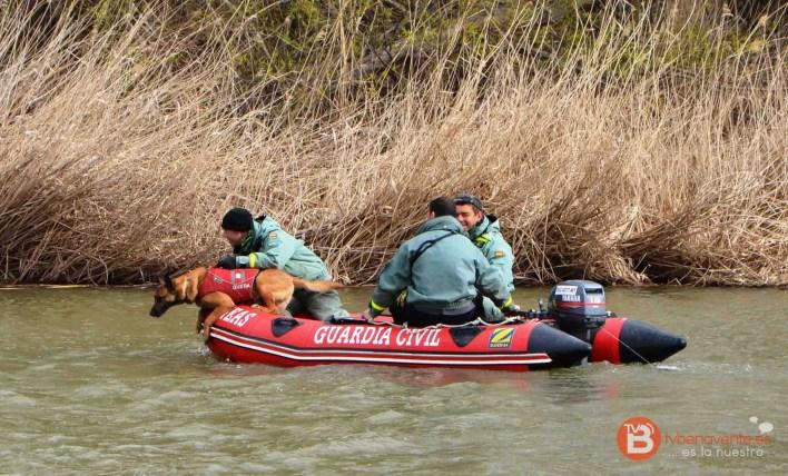 (Nota participación  equipo Cinológico desaparecido en río Duero-2