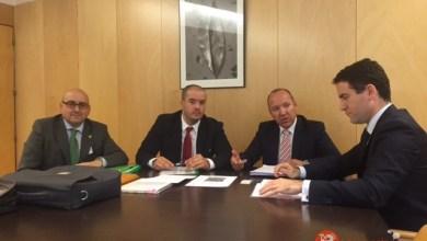 Photo of Los Parlamentarios del PP se ponen a disposición de los promotores de la Biorrefinería de Barcial del Barco