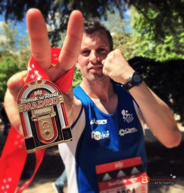 luis en la maraton de madrid - benavente atletismo 2016