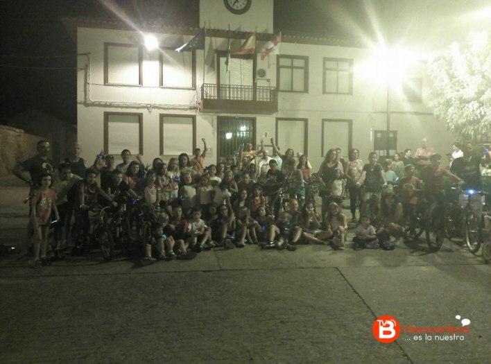 marcha ciclista nocturna luciérnagas fuentes de ropel