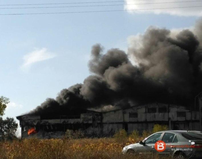 incendio-granja-avicola-iberavi-en-alija-del-infantando-2