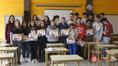 """Photo of Los alumnos de """"León Felipe"""" reciben los diplomas del concurso """"Nueve Paisajes Secretos"""""""