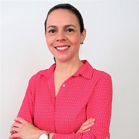Tv Catia Fonseca Saiba o melhor jeito para dobrar camisetas Ingrid Lisboa