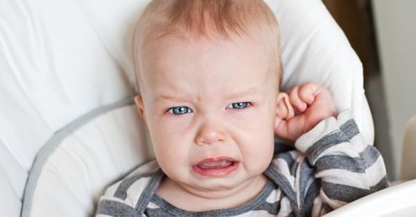 TV Catia Fonseca saúde 5 fatos sobre a otite em crianças - Bebê chorando