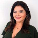 TV Catia Fonseca Crie looks incríveis para o Natal misturando cores fortes Rita Heroína