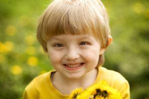 Estrabismo pode ser uma barreira social para as crianças por Dra. Renata Bastos Alves