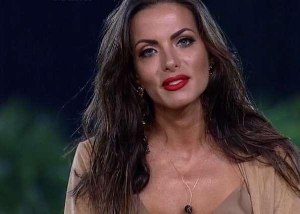 Carla Prata: Após revelar grave doença, ex-bailarina do Faustão dá detalhes sobre seu estado de saúde
