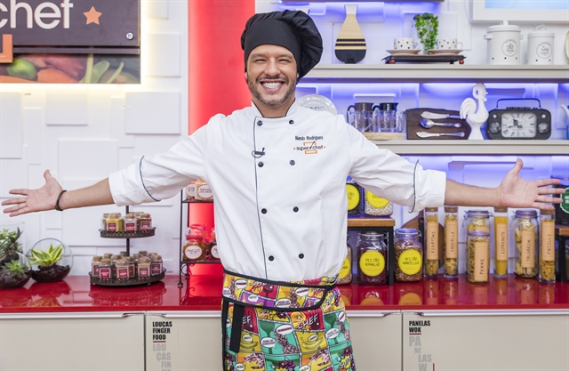 Nando Rodrigues supera concorrentes e é o vencedor do SuperChef Celebridades no Mais Você