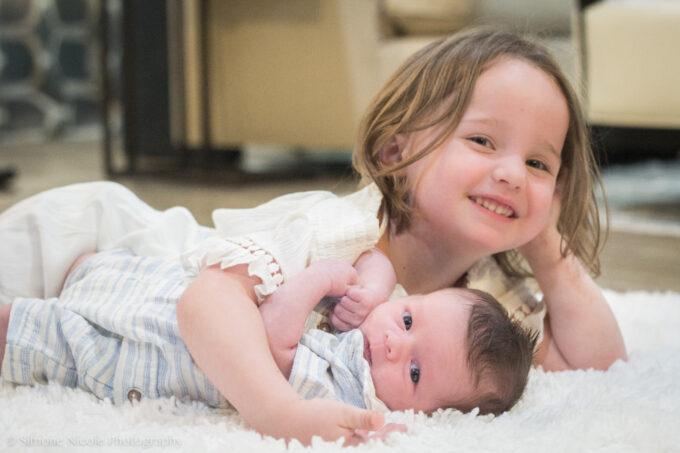 Chegada irmão mais novo por Viviane Rossi